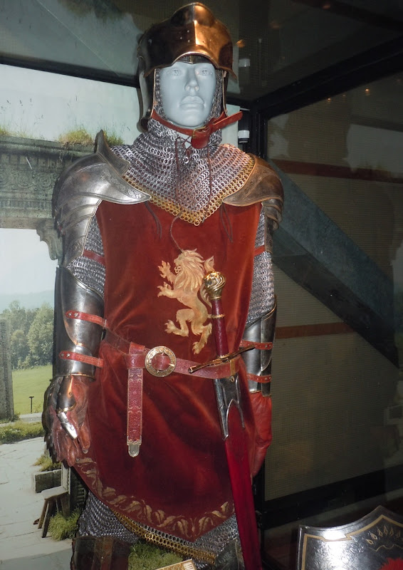 Narnia's Peter battle armour costume