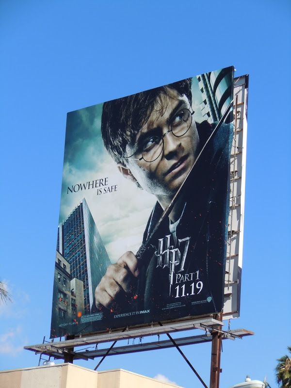 Harry Potter 7 Deathly Halllows billboard
