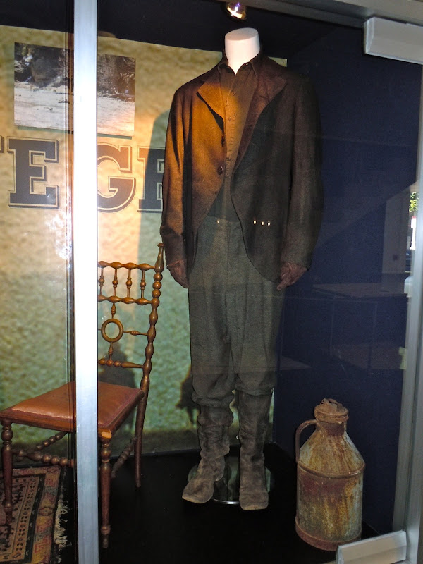 True Grit Josh Brolin movie costume