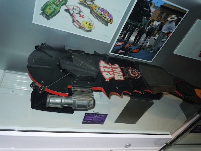 Pit Bull hoverboard prop Back to the Future II