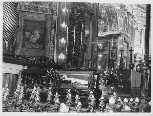 [Obrazek: Canonization+of+Pope+St.+Pius+X+1.jpg]