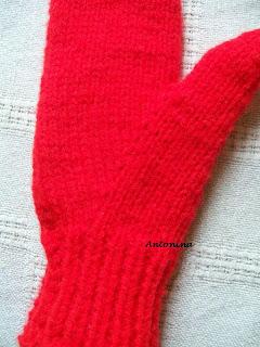 2ef2db866ae90e U Antoniny: Rzecz o rękawiczkach (4) – sposoby wyrabiania kciuka (3)