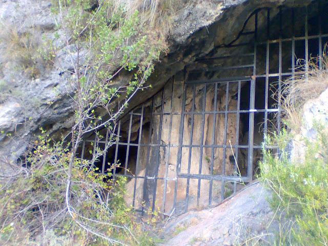 Cova de les Meravelles, Marxuquera