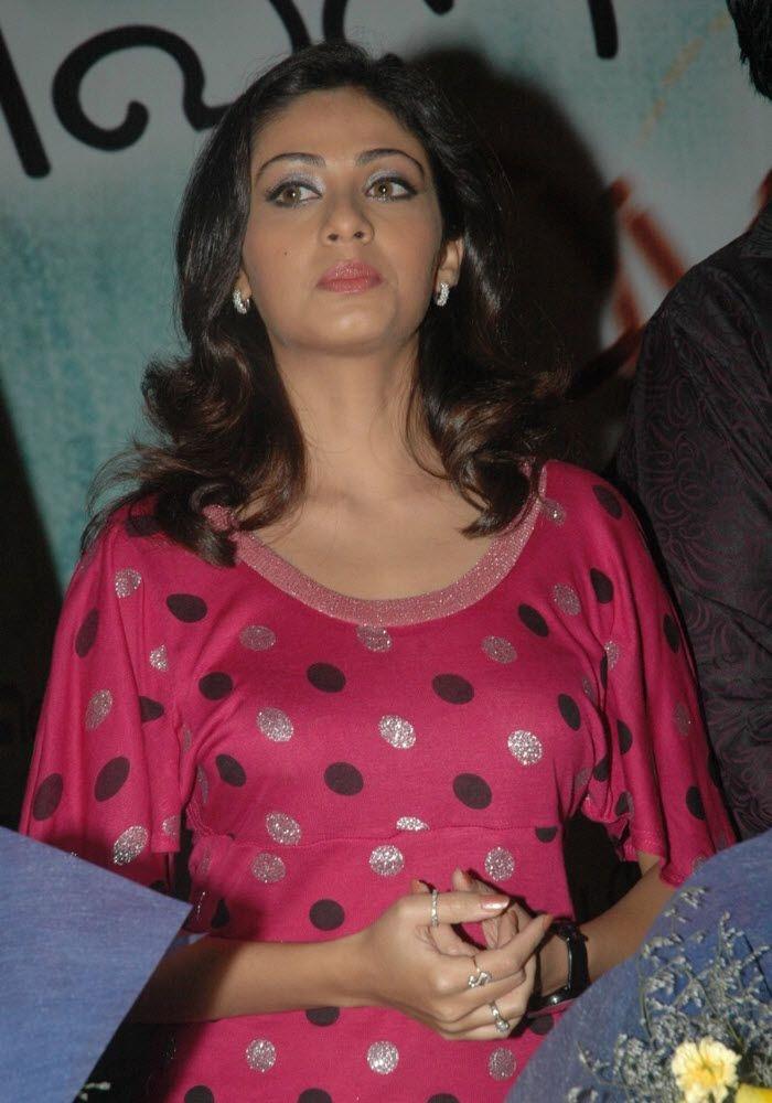 Bollywood Actress Wallpapers South Indian Actress Sada -7499