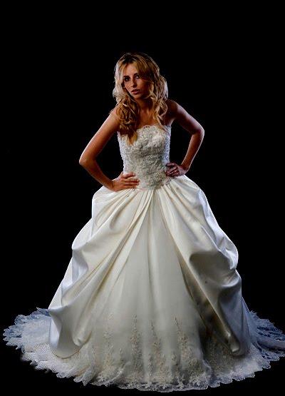 At Brides Of France Brides 104