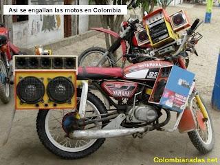 motocicleta con sonido