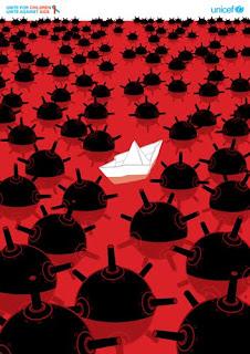 cartel de un barco entre bombas
