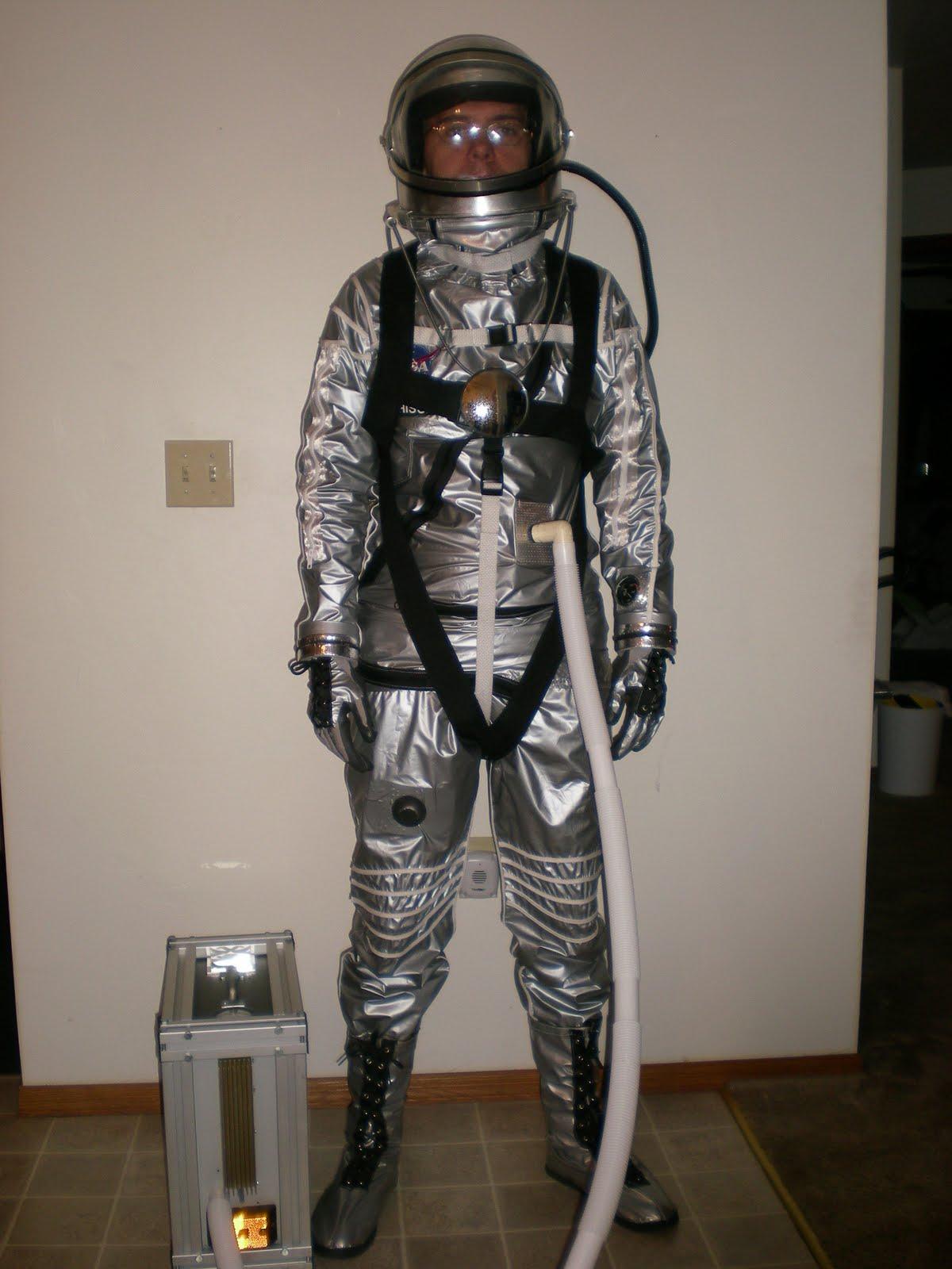 Mercury Capsule: Mercury space suit