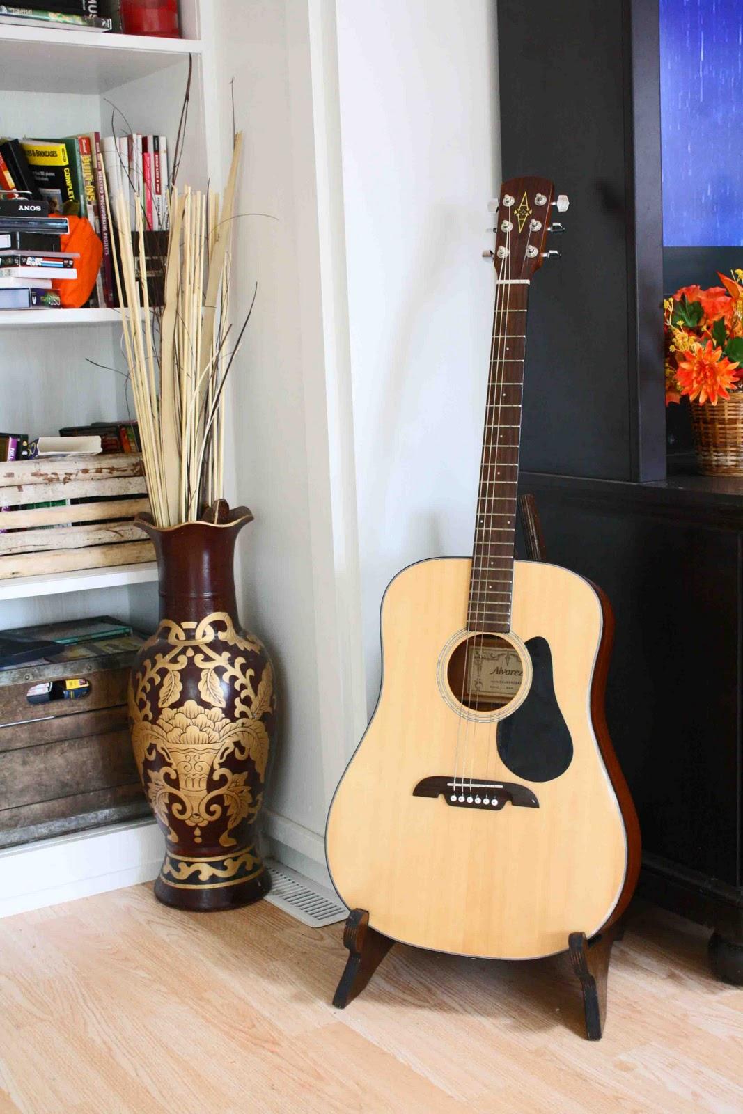 superwoman a frame wood guitar stand. Black Bedroom Furniture Sets. Home Design Ideas