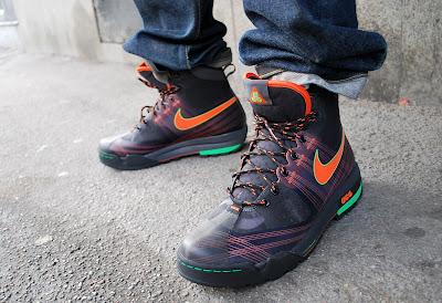 best website b9b4b b9523 Nike Zoom Ashiko boots - Price 1899 SEK   179 € (online soon) Nike ACG  Expedition Down vest -- Price  999 SEK   99 € Nike fleece hoody - 599 SEK    60 ...
