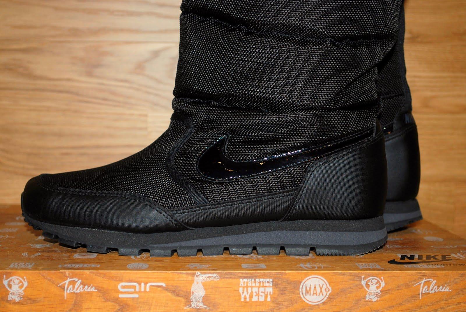 6c86e4017af Nike Women s Winter Hi 3 Boot