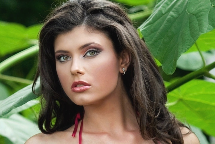 Images Of Romanian Women 106
