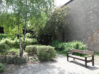 Cyril Roberts Memorial Garden, Vale Road
