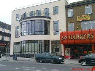 Les Harker