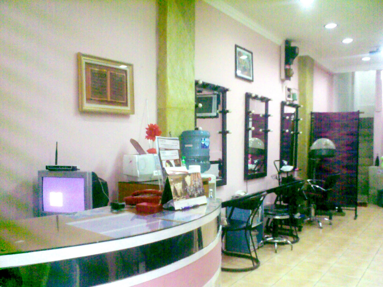 Image result for Salon di Jakarta Selatan