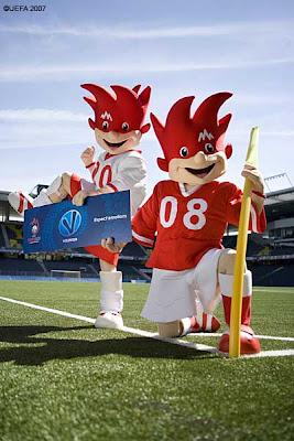Maskotki Finał Mistrzostwa Europy w Piłce Nożnej w Austrii i Szwajcarii