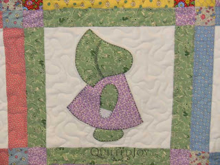 Sunbonnet Sue quilt, quilted by Angela Huffman
