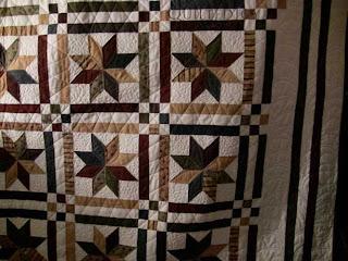 LeMoyne Stars with custom quilting by Angela Huffman - QuiltedJoy.com