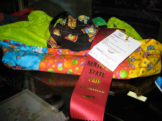 GooseyGirl's tote won a second place ribbon at the KY State Fair! - QuiltedJoy.com