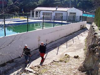 Casiaventurilla senderismo rutas y senderos en valencia for Piscina municipal alcudia