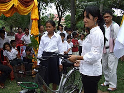 Cambodian Rotarians Distribute Bicycles