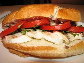 insalata caprese sandwich