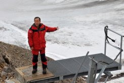 un chief moon visits 'doomsday' seed vault in arctic