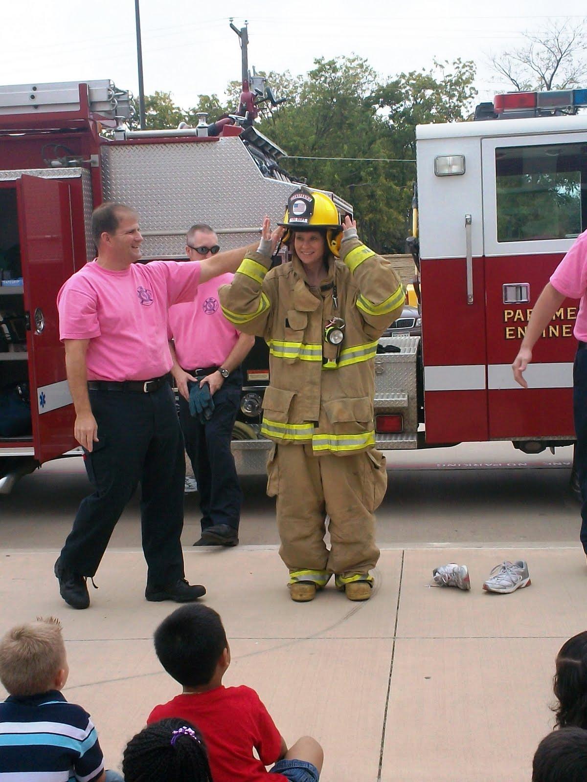 Kinder Garden: Mrs. Wood's Kindergarten Class: Fireman Visit