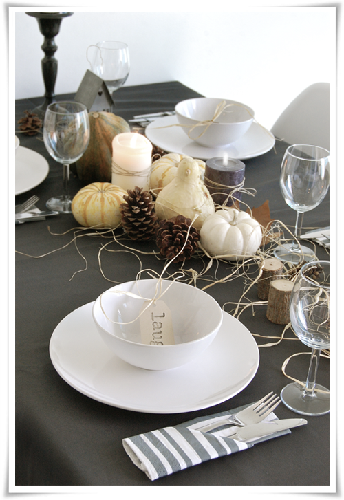 Halloween Dinner Table Setting.Halloween Table Setting Stylizimo