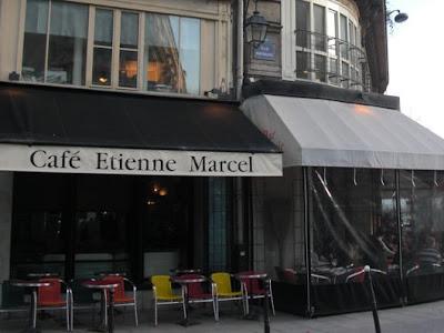 viver paris sex and the city le club no caf etienne marcel. Black Bedroom Furniture Sets. Home Design Ideas