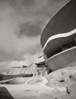 Casa Arango. John Lautner. Historia, imágenes, análisis arquitectónico, etc.