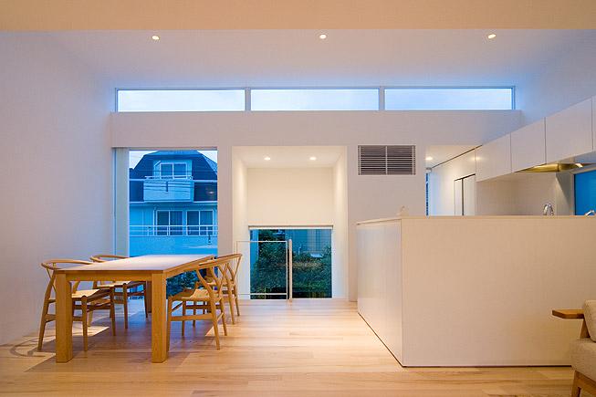 Casa en minamisenzoku arquitectura y dise o los for Diseno de casa de 120 metros cuadrados