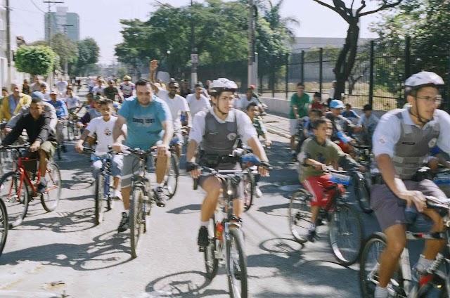 Passeio Ciclístico agita o Pari
