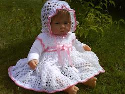 Äntligen har min docka kommit! Visst är hon söt?