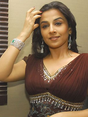 vivacious vidya balan at diamond jewellery launch latest photos