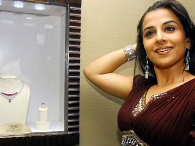 vivacious vidya balan at diamond jewellery launch actress pics