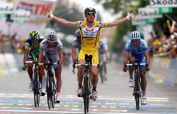 [ciclism+-+ricco+etapa2.jpg]