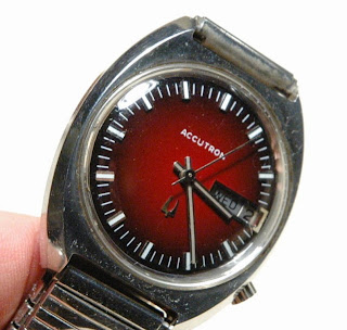 Vintage Watching - The Bulova Accutron