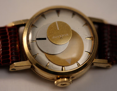 VINTAGE WATCHING - An Unusual Vintage Planetary Display Watch by Juvenia
