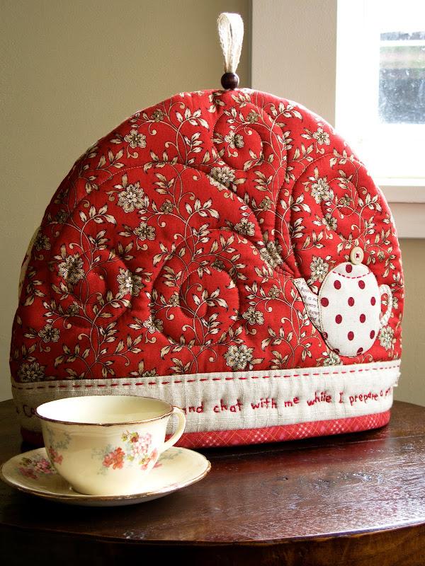 PatchworkPottery: Tea Cozy & Garden Party : quilted tea cosy - Adamdwight.com