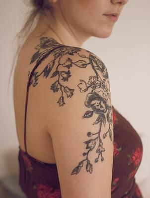 Tattoos File Flower Tattoo Designs For Girls Girls Flower Tattoos