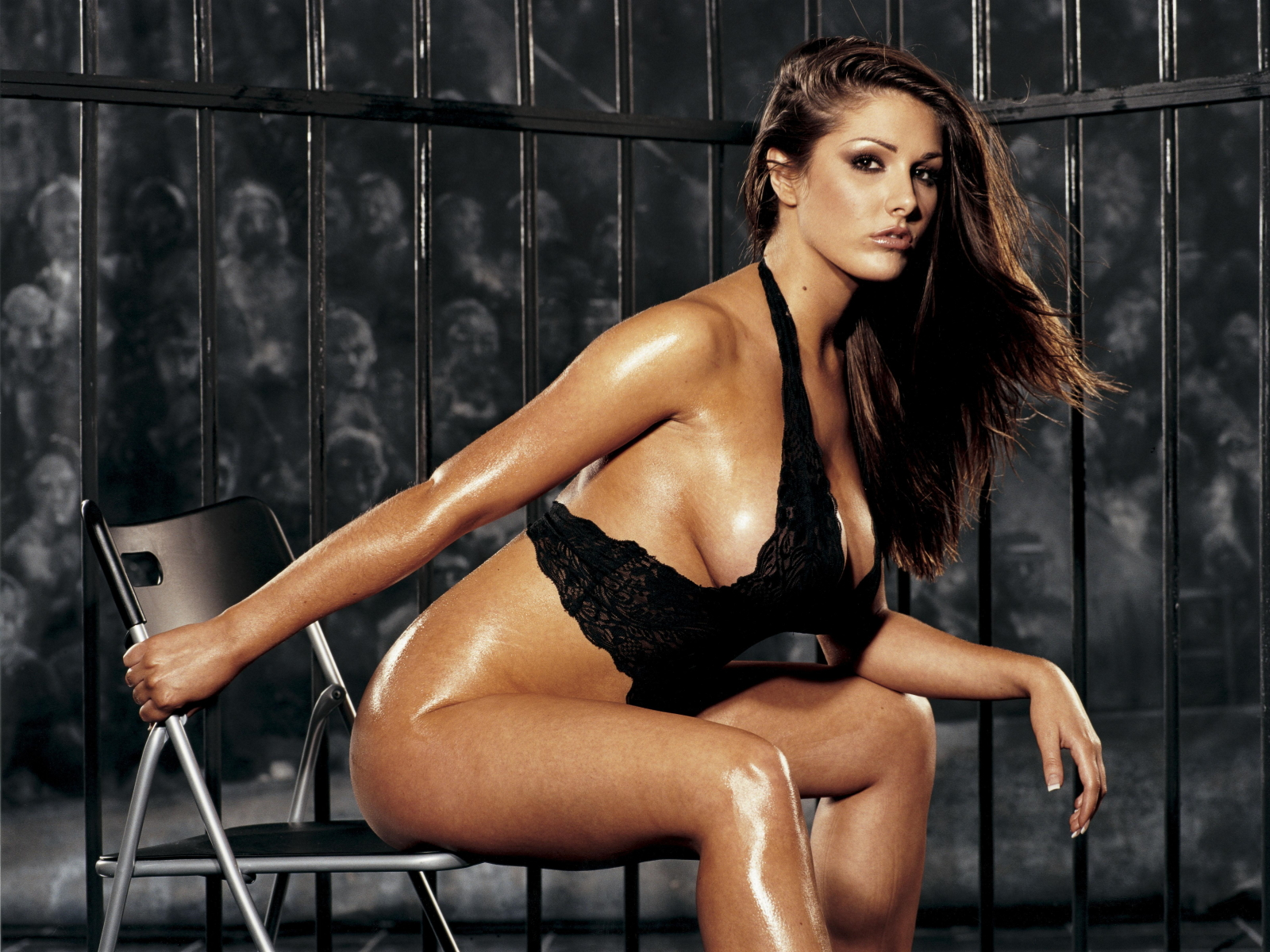 lucy pinder hot and - photo #19