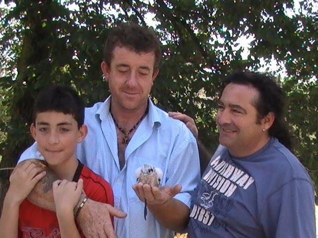 En la Pihuela recogiendo un Yanky mis amigos de Jaén, Manolo y su hijo Fco. Javier