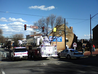 Fredericksburg, Virginia Police and Fire response to Cafe New Orleans roof damage