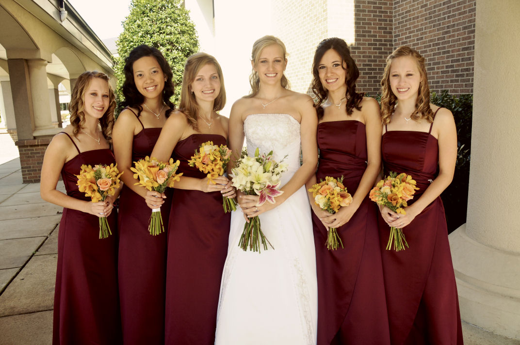 Golden Colour Wedding Gowns: Simply Flowers: .fall Beauty