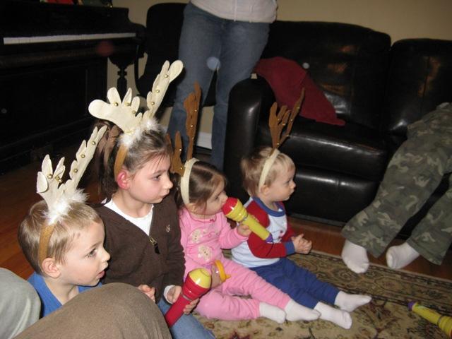 [Santas+reindeer.JPG]