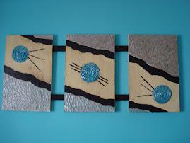 Bolas azuis três com madeira