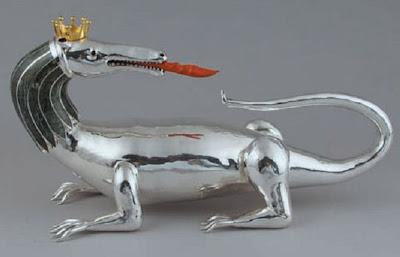 Salamandre Royale, Nutrisco et Extinguo