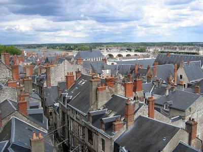 Vieux quartiers de Blois vus depuis la terrasse du Château