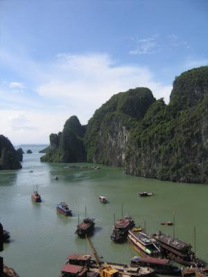 Para quem se interessa por um relato de uma antiga viagem a Hanoi, Vietnã
